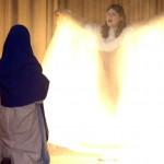 """Maria und der Engel im Musical """"E Stärn so schön..."""""""