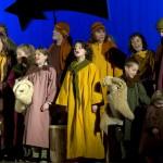 """Kinder und Erwachsene Hirten im Musical """"E Stärn so schön..."""""""