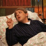 Theater Zuzgen 2012 - Dani Kalt als Kuno Küng, schwerkrank im Bett